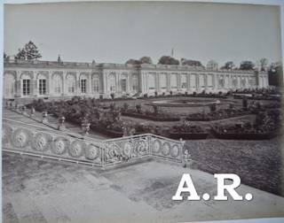 https://2.bp.blogspot.com/-HELUyDGv22M/U06mhB4Q99I/AAAAAAAAruA/-1RstvDrJ6M/s1600/DSC_0104++le+grand+trianon+X+photo.JPG